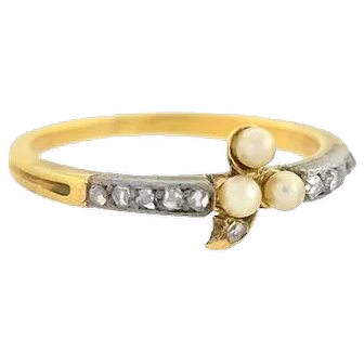 Early Victorian Petite Sterling/15kt Pearl Trefoil & Rose Cut Diamond Ring