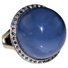 Hubert Gems 14k White Gold Domed Chalcedony Cabochon Sapphire Halo Ring, Size 7
