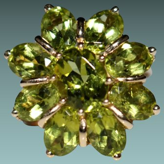 Estate 10k Yellow Gold Peridot Cluster Cocktail Ring, 8.66CTW, Size 9