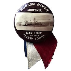 Antique Hudson River Souvenir Day Line Steamer Steamboat New York Pinback Button