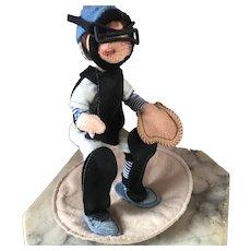 Mint Vintage Annalee Baseball Player Ball Catcher Doll 1993