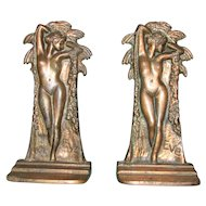 Eve Bookends