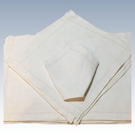 Linen Set Of 9 Mats and 9 Napkins