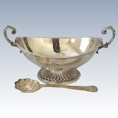 Ellis Barker Sauce Dish With Cream/Sauce Spoon