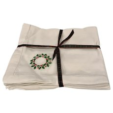 "Set/6 LInen ""Wreath"" Napkins (6 Sets Available)"