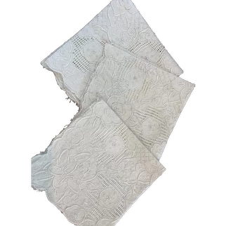 Set 6 Antique Hand Embroidered Linen Napkins