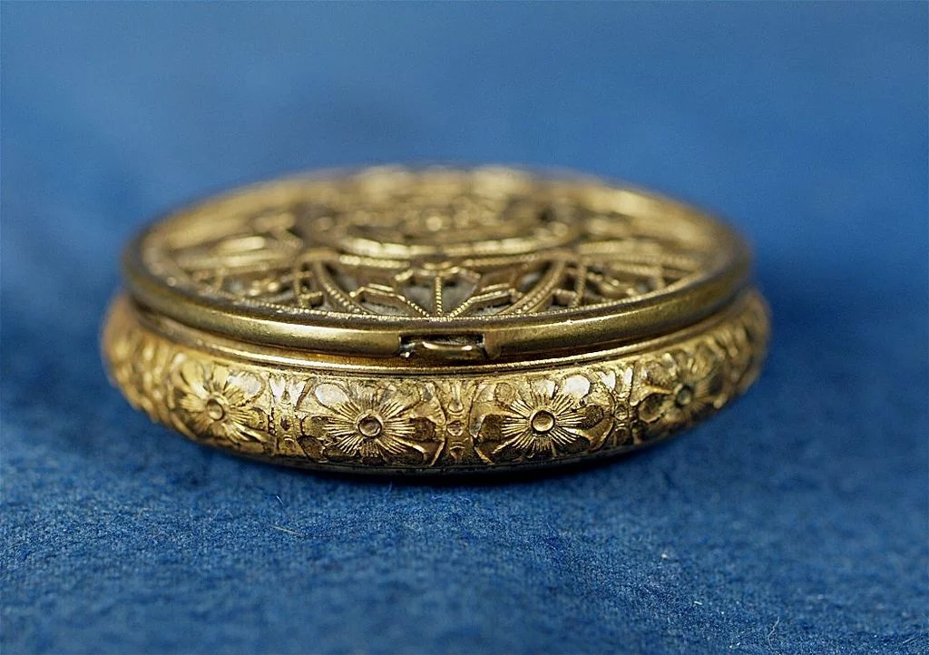 Antique Very Ornate Miniature Small Gold Compact With
