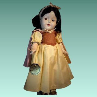 GORGEOUS Doll RARE 1938 Composition SNOW WHITE Madame Alexander With ORIGINAL Tag And Markings