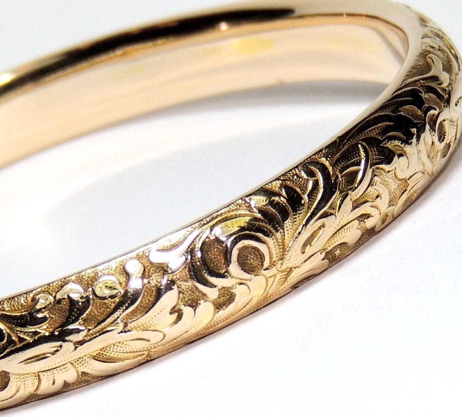Click To Expand Antique 14k Solid Gold Bangle Bracelet Repousse Edwardian Nouveau 12 5 Grams