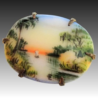 Signed Olive Commons Florida Souvenir Pin, Hand Painted Miniature Cameona Brooch