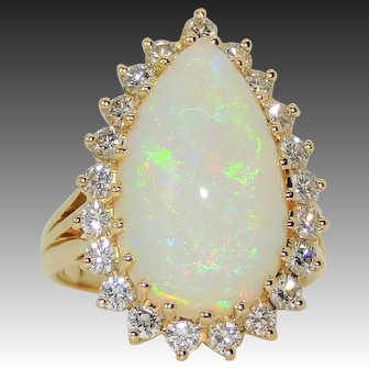Vintage 18K 8.75ct Pear Shaped Opal & .85ctw Diamond Halo Ring, sz 6&3/4