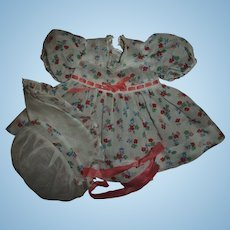 """So Cute!!  Vintage~Mint!! Flower Print Dress With Ribbon Insert & Matching Bonner For 15"""" Effanbee Dy-Dee"""