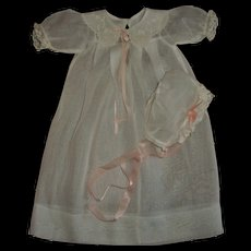 "Vintage Effanbee 15"" Dy-Dee Mold 1~Long Sleeved Organdy Gown With Matching Bonnet~MINT!!"