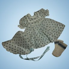 """Original Effanbee 15"""" Dy-Dee Jane Blue Rosebud Print Organdy Dress & Bonnet  MINT!"""