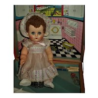 Ideal Betsy Wetsy Doll With RARE Original Laundry Room Case & Layette