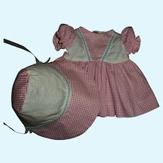 "Cute Vintage Dress & Bonnet Set For Your 14"" HP or Composition Girls"