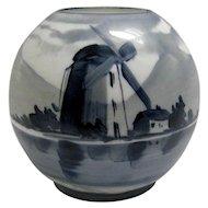 Junior Size Oil Lamp Ball Shade Delft Scene