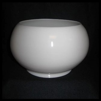 White opaque oil or gas bowl shape shade - 5 inch fitter