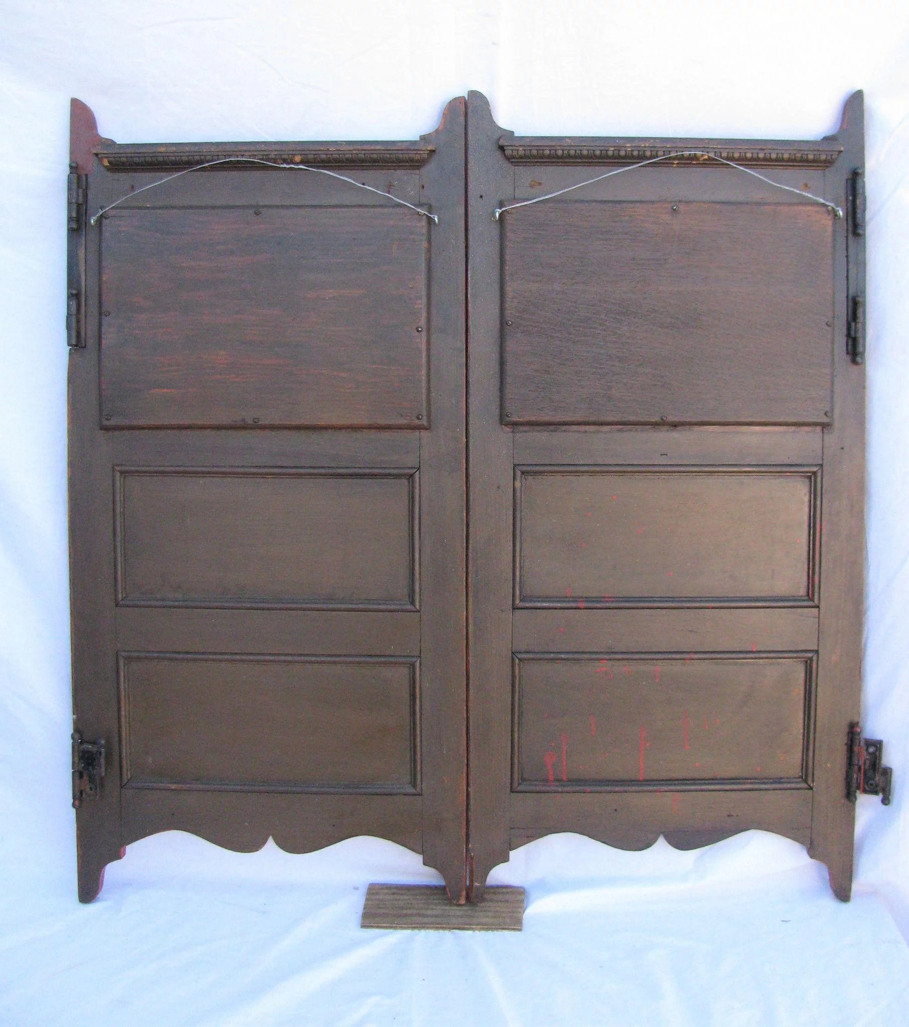 Antique Painted Saloon Doors With Cut Glass Mirror Inserts To Expand