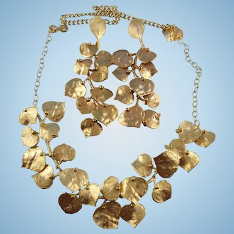 Kenneth Jay Lane Statement Golden Necklace And Earrings