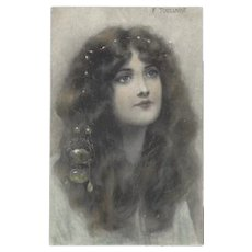 M.M. Vienne 1908 Postcard of Lovely Lady by Toussaint