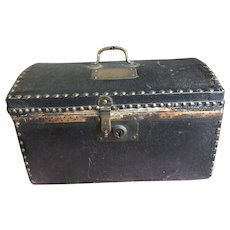 """Little French doll trunk with incised name """" Isabella"""""""