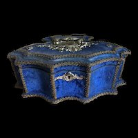 Beautiful Prussian blue velvet box
