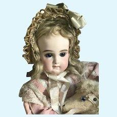 Beautiful shy Portrait Jumeau bebe size 10