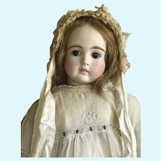 Very beautiful Belton doll