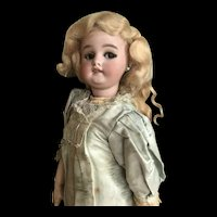 Simon Halbig doll walking flirting eyes
