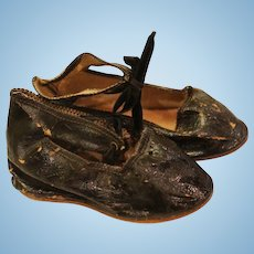 Antique Doll Shoes, 3 5/8 IN, Antique Doll Black Shoes, Marked 9 Antique Shoes