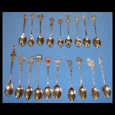 19 various antique & vintage Continental 800 & 900 (old sterling) silver souvenir spoons