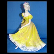 "Royal Doulton bone china / porcelain figurine ""Ninette"" HN 2379"
