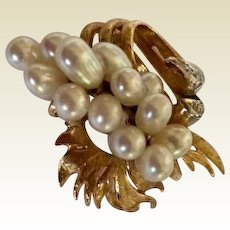 Brooch: 14K Gold, Diamond, Pearl Waterfall Pin, 40s