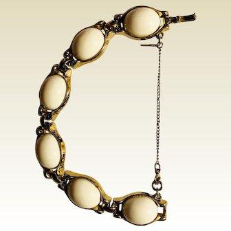 Vintage White and Gold hallmarked Monet bracelet: