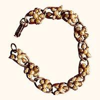 Vintage FLorenza bracelet: goldtone: faux pearls: 60: 7 inches