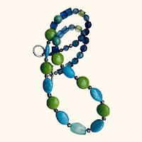 Artisen Acrylic beaded 22 inch necklace: Turquoise and lime green colors: OOAK