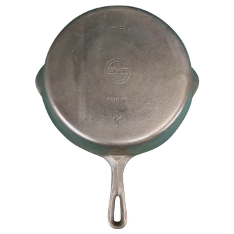 Griswold Erie #10 Cast Iron Skillet