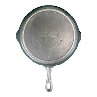 Griswold Erie #9 Cast Iron Skillet Large Slant Logo Heat Ring