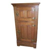 Chestnut Ice Box, Two Door