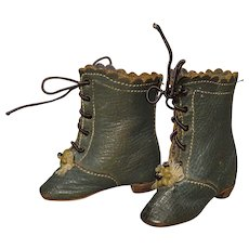 Green French Fashion Boots - Antique