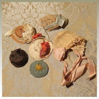 Lot of Hats and Bonnets for Tiny Dolls