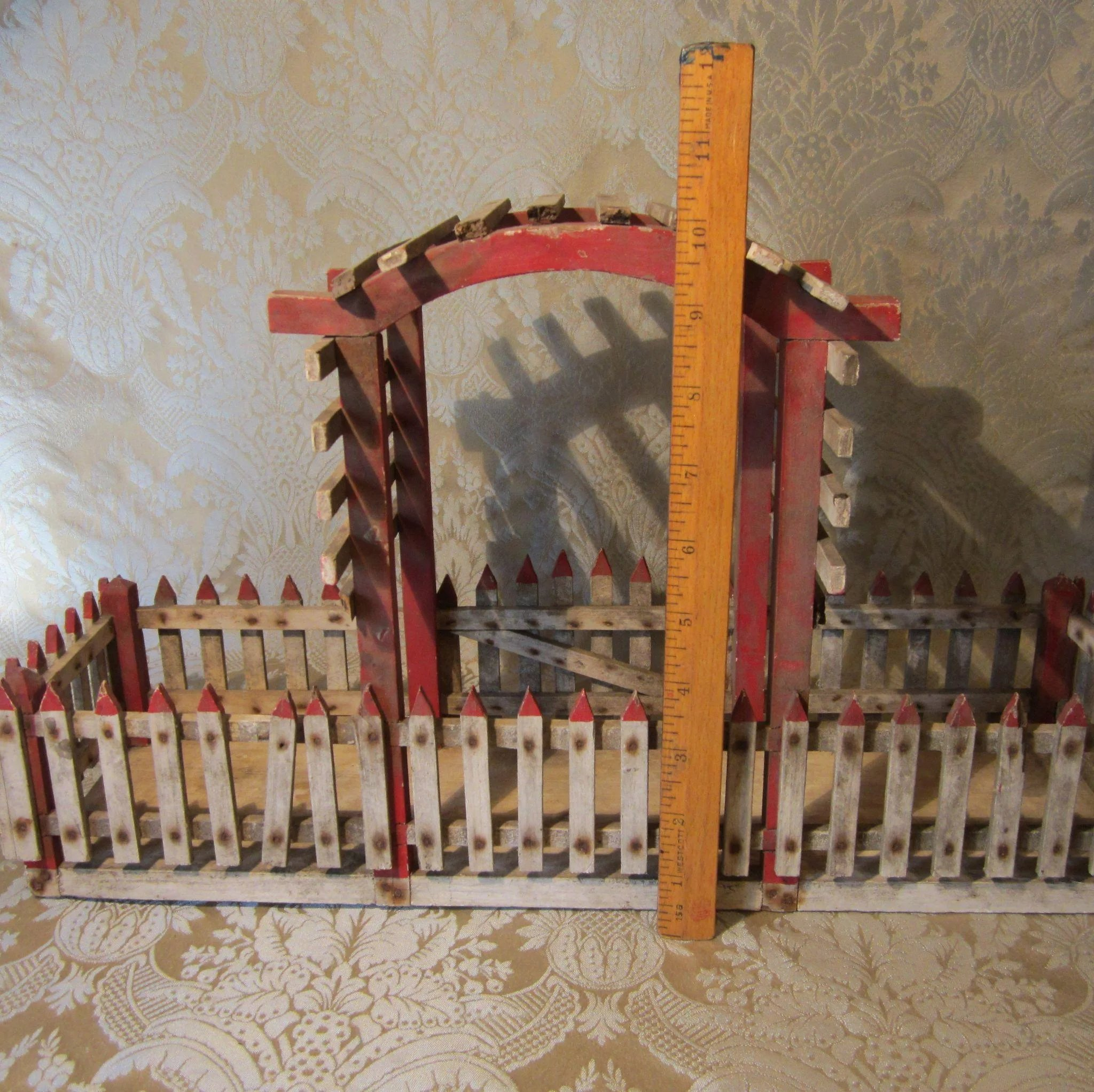 Vintage Miniature Fence With Arbor For Doll Display Mlle