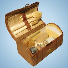 "Miniature ""Necessaire de Toilette"" Case for French Fashion"