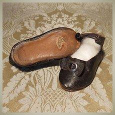 Bebe Bru Shoes - Paper Label