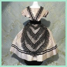 Huret-era Original Mode Enfantine Gown with Lace Tablier