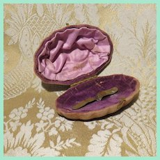 Unique Miniature Velvet Clamshell Hinged Box for Doll Accessories