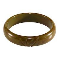 Bakelite Bangle Bracelet Olive Green Carved Vintage