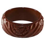 Bakelite WIDE Carved Brown Bangle Bracelet Vintage