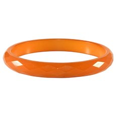 Bakelite Butterscotch Yellow Faceted Bangle Bracelet
